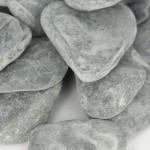 Flat Pebbles Black 30/60 Bulk